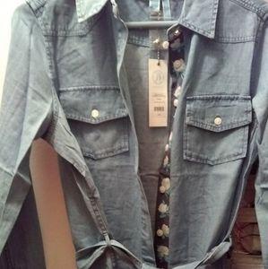 Draper James Dresses - Draper James Belted Chambray Shirtdress Size 2-4-6